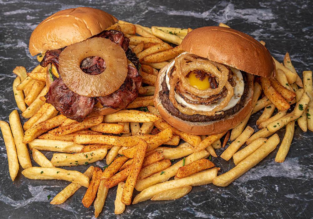 המבורגר The Little Burger Shop